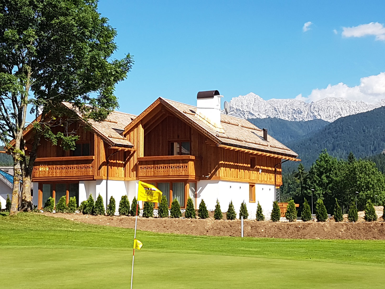 View_Golf&Haus-(1)